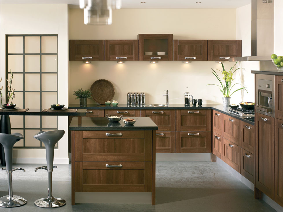 Premio shaker kitchen doors kitchen doors replacement for Walnut kitchen designs